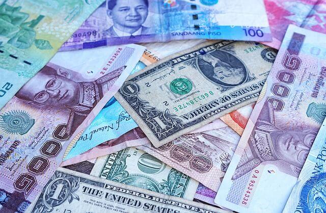 世界一周 お金 旅