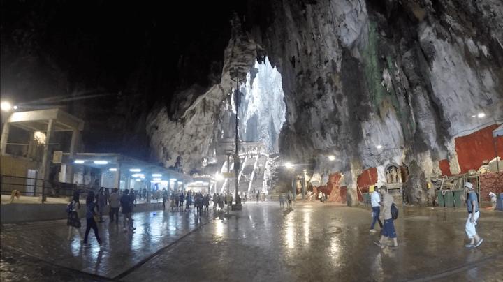 バトゥ洞窟 行き方 マレーシア クアラルンプール 世界一周