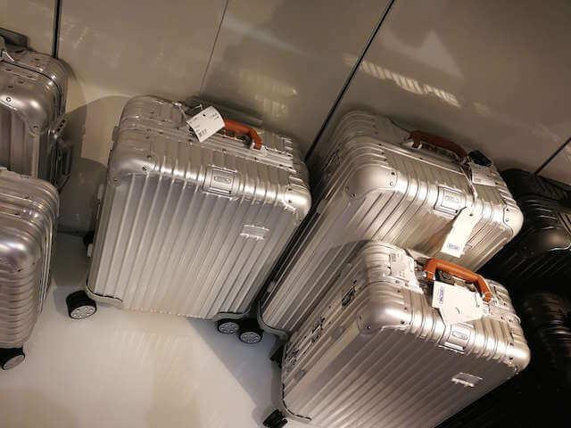 ドイツ フランクフルト空港 RIMOWA リモワ スーツケース 料金