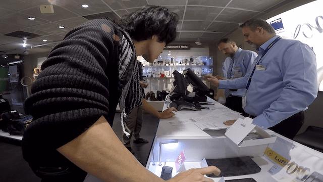 RIMOWA スーツケース フランクフルト空港 ワールドショップ 値段 免税
