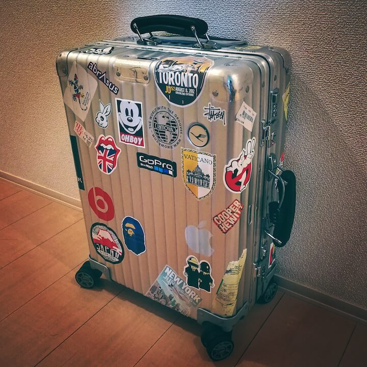 リモワRIMOWAスーツケース ドイツでの買い方 ステッカー