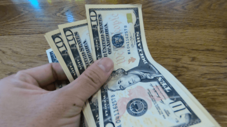 グアム 通貨 ドル