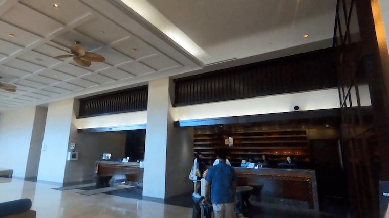 グアム シェラトンホテル チェックイン