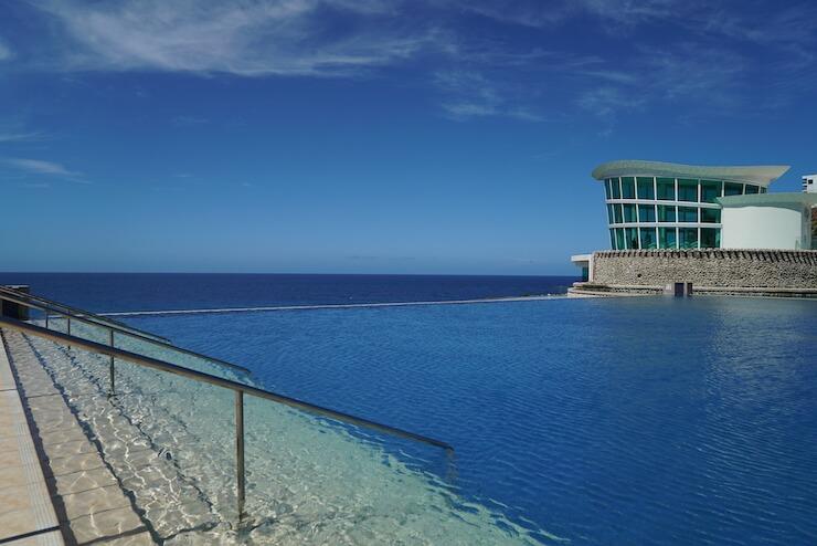 グアム シェラトンホテル ブログ プール ビーチ